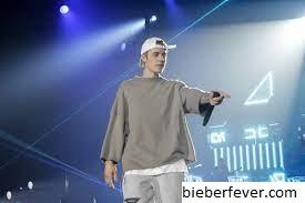 Justin Bieber Naik ke Atas Panggung Untuk menutup festival Philly's Made in America